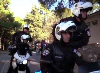 Ελληνική Αστυνομία κάνει Mannequin Challenge