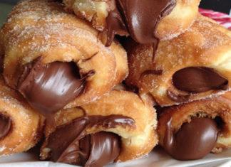 Συνταγή Λουκουμάδες γεμιστοί με σοκολάτα