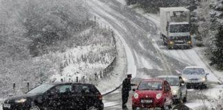 Καιρός: Xιόνια, παγετός και τοπικές καταιγίδες