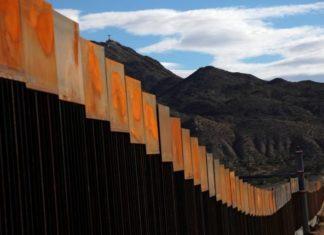 Ο Τραμπ θα πληρώσει τα λεφτά για το τείχος στο Μεξικό