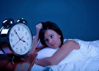 Πως να καταφέρεται να κοιμηθείτε γρήγορα μέσα σε 1 λεπτό