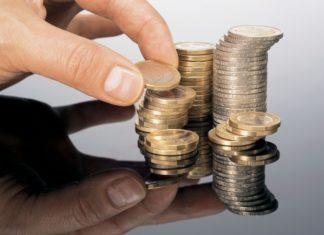 Οι επιπτώσεις της υπερφορολόγησης σε ελληνικά νοικοκυριά και αγορές