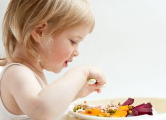 Τι κάνει ένας γονιός όταν το παιδί δεν τα τρώει όλα