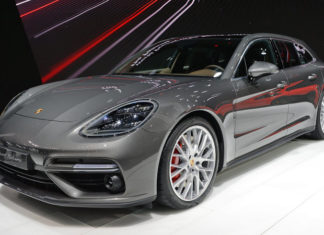 Γενεύη: Τα 5 καλύτερα πολυτελή αυτοκίνητα του 2017(ΒΙΝΤΕΟ)