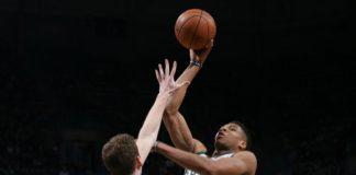 NBA: Μπακς - Πίστονς 108-105, Ο Γιάννης πήρε και πάλι από το... χεράκι τους Μπακς(BINTEO)
