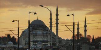 Η Τουρκία των δύο κόσμων και η επαναφορά της θανατικής ποινής