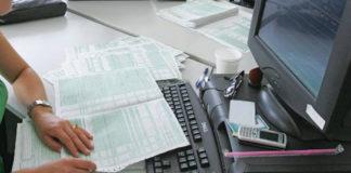 Φορολογικές δηλώσεις: 849 ευρώ θα πληρώσει κάθε Έλληνας με χρεωστική δήλωση στην εφορία