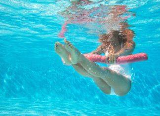 Πώς θα κρατηθείτε σε φόρμα μέσα στο ... νερό