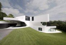 Σπίτια που δεν θα πιστεύετε ότι υπάρχουν! (VID)