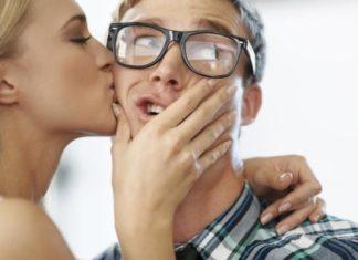 Sapiosexual: Η σεξουαλική έλξη στην ευφυΐα είναι πραγματική!