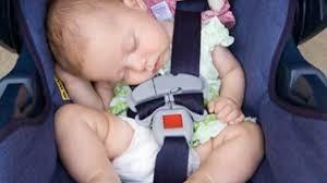 81ebe187c23 Η άτυχη μητέρα της μικρούλας Mia από την ημέρα που έχασε το μωρό της, έχει  βάλει στόχο της να προειδοποιήσει όσους περισσότερους γονείς για τους  κινδύνους ...